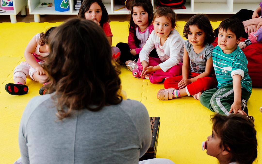 OUVIR HISTÓRIAS: Coisa de Criança?